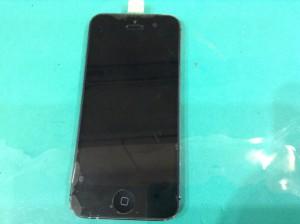 修理して綺麗になったiPhone
